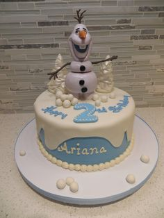Olaf wants a snowball fight with you!