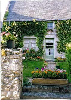 Cottage, Regneville sur Mer, Normandy, originally uploaded by *Susie*.I'm in love with this adorable cottage garden found on Susie's photostream.Related Posts:English Cottage G… Cute Cottage, French Cottage, Cottage Style, French Country, Country Charm, Country Style, Little Cottages, Cabins And Cottages, Stone Cottages