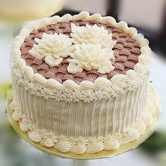 bolo decorado com bicos