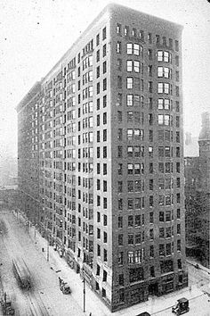monadnock building (burnham & root - 1889); last of the pure masonry towers, chicago