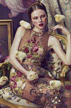 Valentino applique dress. Love the opulent setting