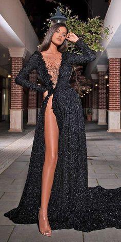 Pretty Prom Dresses, Glam Dresses, Black Wedding Dresses, Cute Dresses, Beautiful Dresses, Fashion Dresses, Formal Dresses, Elegant Black Dresses, Men In Dresses