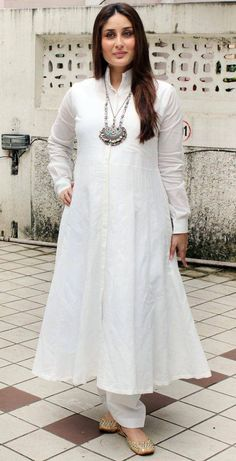 Kareena Kapoor Khan is pregnant: 10 photos of glowing mom-to-be to get you through the dayGet Inspired By Kareena Kapoor All White Ethnic Looks For This SummerKareena Kapoor Khan, who is expecting her first child with husband Saif Ali Khan in Decembe Pakistani Dresses, Indian Dresses, Indian Outfits, Kurta Designs Women, Blouse Designs, Dress Designs, Indian Attire, Indian Wear, Indian Designer Outfits