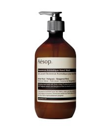 Aesop hand soap in the kitchen and in the bathroom - Reverence Aromatique Hand Wash Brown Bottles, Shaker Kitchen, Cleansing Gel, Feet Care, Hand Washing, Body Care, Deodorant, The Balm, Aqua
