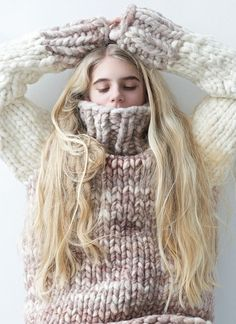 chunky knit sweater by lebenslustiger Free Chunky Knitting Patterns, Sweater Knitting Patterns, Knit Patterns, Free Knitting, Moda Crochet, Knit Crochet, Hand Crochet, Sweater Weather, Big Knits