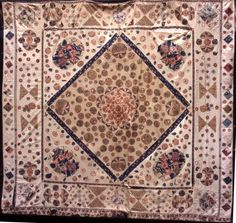 Anglesey Coverlet from York quilt museum Old Quilts, Antique Quilts, Vintage Quilts, History Of Textile, Medallion Quilt, Toss Pillows, Old Antiques, Textile Art, Needlework