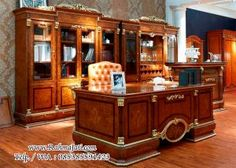 luxury traditional home office furniture sets ideas Executive Office Furniture, Home Office Furniture Sets, Home Office Desks, Home Decor Furniture, Office Decor, Office Workspace, Office Table, Country Furniture, Furniture Styles