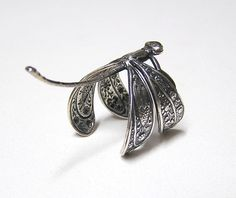 Victorian Dragonfly Ring ADORABLE wings wraps von chinookhugs, $29.99