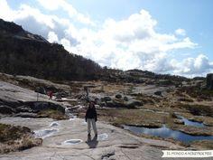Mirada Fotográfica - Camino al Preikestolen - El mundo a nuestros pies - #Noruega #Lysefjord #Pulpito #Preikestolen #Fiordo