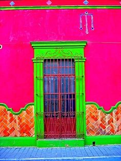 As you know I love neon colours. So I thought I would share some beautiful neon painted walls and homes. Cool Doors, Unique Doors, World Of Color, Door Knockers, Doorway, Architecture, Windows And Doors, Monuments, Porches