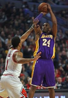 Blog Esportivo do Suíço:  Em último jogo de Kobe Bryant contra os Bulls, Lakers perdem em Chicago