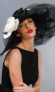 different types of summer hats - updated article - http://www.boomerinas.com/2012/10/02/types-of-hats-for-women-when-to-wear-them-fedora-cloche-victorian-more/