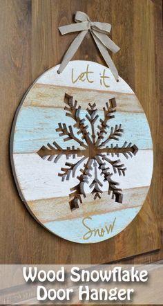 Wood snowflake door hanger tutorial having more tears than snowflakes lately has broken me Diy Christmas Decorations, Christmas Wood Crafts, Christmas Signs, Rustic Christmas, Christmas Projects, Winter Christmas, Holiday Crafts, Christmas Time, Christmas Ornaments