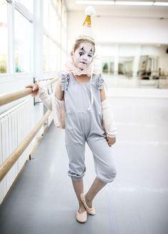 Halloween Infantil, Toddler Halloween, Halloween Looks, Halloween Dress, Halloween 2019, Halloween Costumes, Eve Costume, Costume Ideas, Dark Circus