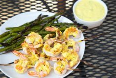 This tangy herb and spice yogurt marinade is easy and healthy Grilling Recipes, Seafood Recipes, Clean Eating, Healthy Eating, Game Day Snacks, Health Dinner, Turmeric, Herb, Yogurt