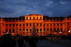Christkindlmarkt vorm Schloß Schönbrunn