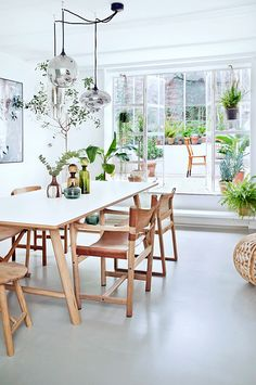 Beautiful Modern Farmhouse Dining Room Decor Ideas – Home Decor Ideas Deco Jungle, Home Interior, Interior Design, Interior Stylist, Luxury Interior, Interior Livingroom, Interior Plants, Design Interiors, Dining Room Inspiration