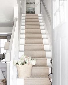 Ruthless Stair Runner Carpet Diy Stairways Strategies Exploited In case you've got carpet in your own stairs, plus it's looking dingy, you can attemp. Style At Home, Carpet Diy, Carpet Ideas, Cheap Carpet, Sisal Carpet, Beige Carpet, Red Carpet, Br House, Staircase Runner