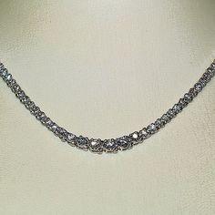 Diamantcollier aus 585er Weißgold mit 7.00 Karat Diamanten