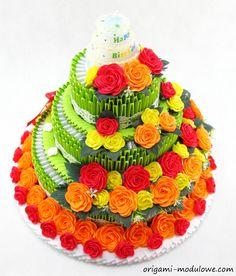 Modular Origami Birthday Cake #1 by origamimodulowe.deviantart.com on @deviantART looks good enough to eat..