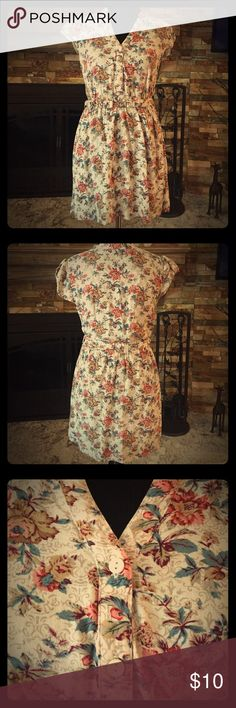 Forever 21 Floral Dress Very gently used, still looks new.  Comes with a matching belt. Forever 21 Dresses