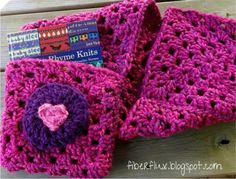 Book Lovers Shawl « The Yarn Box