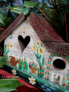 Birdhouse ~ Heart & Home http://ourfairfieldhomeandgarden.com/heart-home-valentines-day-is-coming/