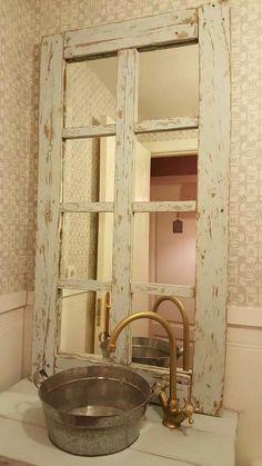 Rustic Bathrooms, Small Bathroom, Rustic Decor, Farmhouse Decor, Coffee Shop, Sweet Home, Interior Design, Mirror, Decoration
