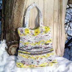 "Upcycled ""Plarn"" (plastic yarn) Tote - free crochet pattern by Kayla Kramer"