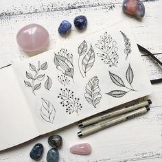 Вариации на растительную тему... могут быть бесконечными   И это делает меня счастливой ❤️  .  .  .  .  .  #мандала#орнамент #узор#graphic#art#дудлинг#mandala #ornament#pattern#originalart#рисунок #geometry#zentangle#зентангл #медитация#zenart #instagood #drawing#artwork#tattooart#tattoo  #henna#ПурпурнаяМята#mandalaart #beautiful_mandalas #artists_magazine  #tattoopins#nawden#arts_help #зенарт