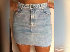 Discover recipes, home ideas, style inspiration and other ideas to try. How To Make Jeans, How To Make Skirt, Diy With Jeans, Diy Ripped Jeans, Ripped Jean Shorts, Jeans Denim, Denim Skirts, Diy Shorts, Diy Kleidung Upcycling