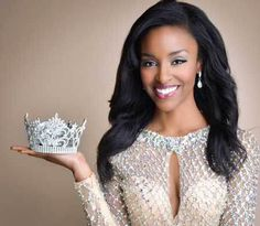 How to Win Miss Collegiate America | http://thepageantplanet.com/how-to-win-miss-collegiate-america/