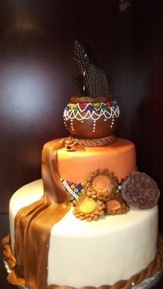 Adorable African Wedding Cake Ideas That You Will Love For Your Inspirations - How to plan an African Inspired Wedding on a Budget Many African American couples like the idea of incorporating their heritage into their wedding nup. African Wedding Cakes, African Wedding Theme, African Weddings, African Theme, African Safari, Themed Wedding Cakes, Wedding Cake Decorations, Themed Cakes, Zulu Traditional Wedding
