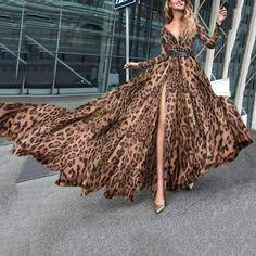 Looks Party, Latest Fashion For Women, Womens Fashion, Animal Print Fashion, Leopard Fashion, Types Of Fashion Styles, V Neck Dress, Dress Brands, Boho Dress