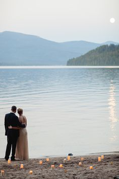 Real Life Styled Lakeside Engagement by Alisa Lewis Florals by Erica's Expressions Photo by Megan Robinson