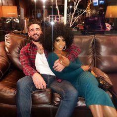 Learn more about interracial dating in the US with EliteSingles, and find compatible singles looking for a relationship. Join today and… Interracial Family, Interracial Dating Sites, Interracial Wedding, Dope Couples, Cute Couples Goals, Couples In Love, Poses, Couple Goals Cuddling, Biracial Couples