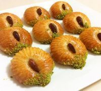 You can make a delicious dessert that you can make in a practical way as easy as stylish dessert recipe, Dessert recipes Meat Recipes, Cooking Recipes, Middle Eastern Desserts, Delicious Desserts, Dessert Recipes, Turkish Sweets, Bread Shaping, Food Articles, Arabic Food