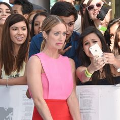 Pin for Later: 20 Celebrities Who Blessed Fans With Fun Selfies at the MTV Movie Awards