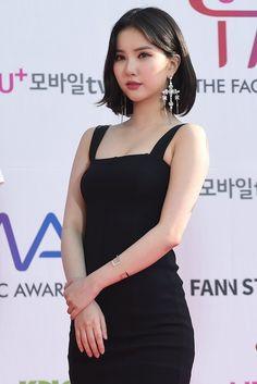 Check out Girls Generation @ Iomoio Sexy Asian Girls, Beautiful Asian Girls, Kpop Girl Groups, Kpop Girls, Vaquera Sexy, Beautiful Girl Image, G Friend, Girls Generation, Asian Woman