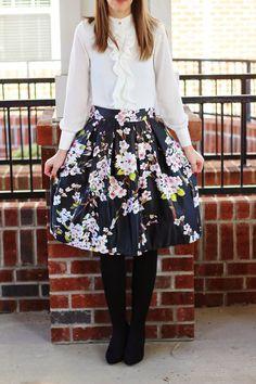 0657a0e3dd Floral Print Midi Skirt Blouse Styles