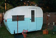1960's 10FT CAMPER TRAILER