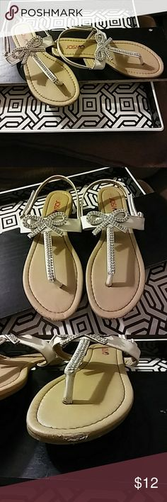 91dab89aa3659 Junior Girls shoes. I no longer have the shoe box White leather with  rhinestone bows