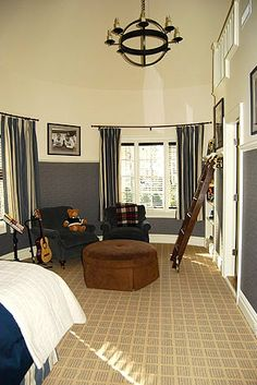 teen boys room....longer curtians