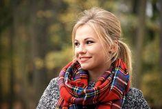 http://3.bp.blogspot.com/-jKmNlcpT0JU/VFpGzIwbgRI/AAAAAAAALEM/Uv2qEXBsPv4/s1600/smile%2Bred%2Blipstick.jpg
