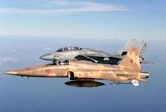 Top Gun F-5 and F-14 Tomcat