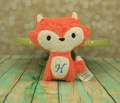Fox Stuffed Animal - Personalized  plush, softie, stuffed  toy - Choose from 30 Color Options op Etsy, 11,27 €
