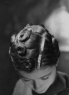Hairstyles 1920 s vintage hairstyles, hairstyles, pin up hair, big Ear Hair Trimmer, Pin Curls, Curls Hair, Bun Hair, Pin Up Hair, Retro Hairstyles, Wedding Hairstyles, Up Girl, Hair Today