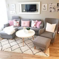 6 Amazing Small Living Room Ideas- Small Living Room Sets ,Small Living Room Layout ,Modern Small Living Room ,Small Living Room Furniture Arrangement Source by nekomamusi - Small Living Room Layout, Small Living Room Furniture, Small Apartment Living, Living Room Furniture Arrangement, Small Living Rooms, Living Room Sets, Home Living Room, Interior Design Living Room, Living Room Decor