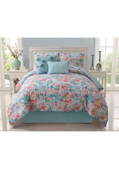 "VICTORIA CLASSICS Kayla Reversible Comforter Set $59.99  ideeli - Full/Queen Comforter, 90"" x 90"" 2 Standard shams, 21"" x 27"" Decorative pillow, 12"" x 18"" Decorative pillow, 18"" square"