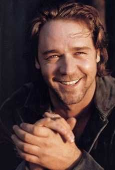 Russell Crowe love this mans smile.